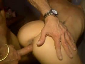Old dude bangs a naughty hottie